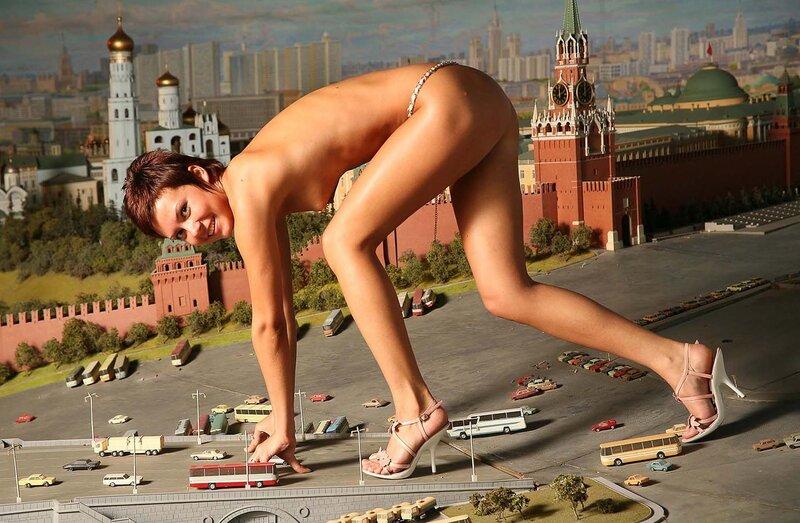 golie-na-krasnoy-ploshadi-video-seks-s-neopitnoy-zastenchivoy-russkoy