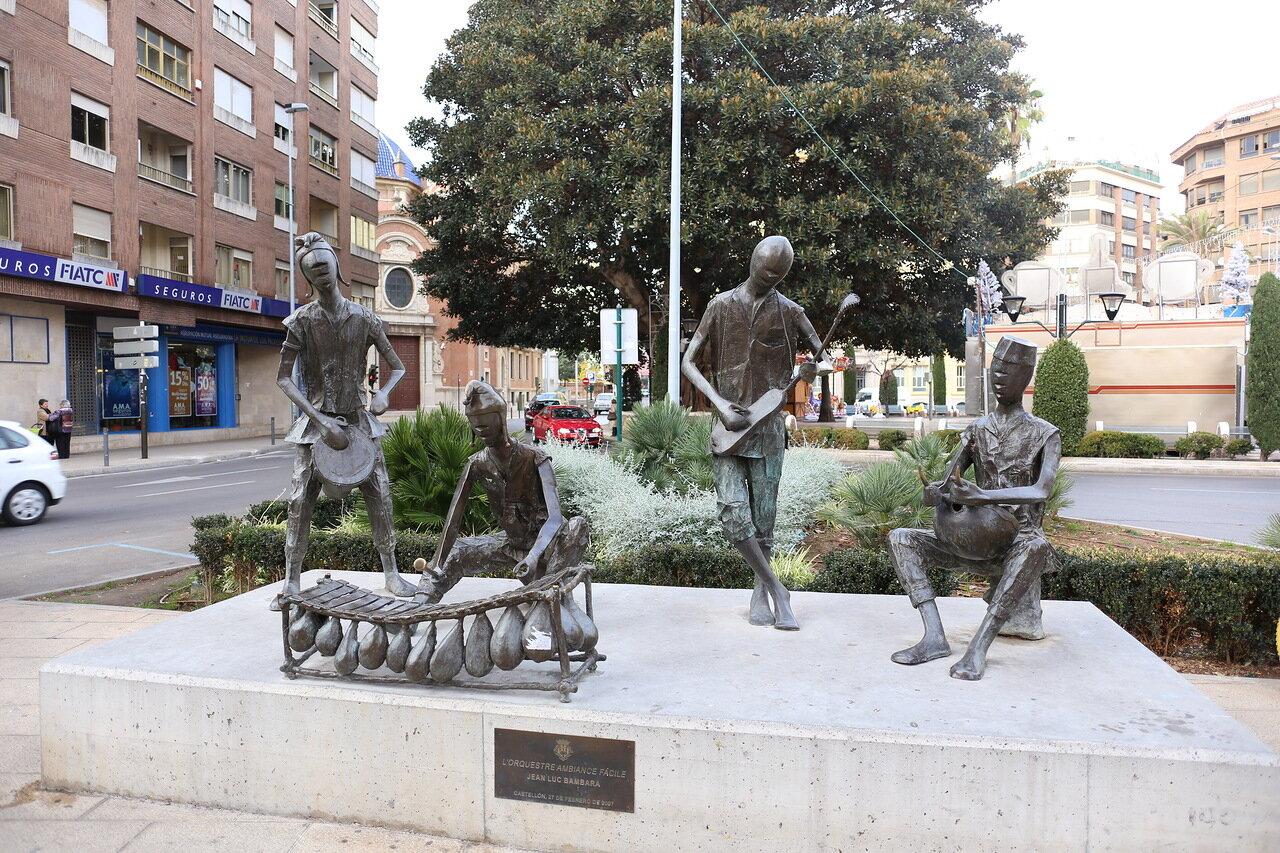 Castellon de La Plana. The Area Of Maria Agustina. African orchestra . L'Orquestre Ambiance Facile. Plaza María Agustina,