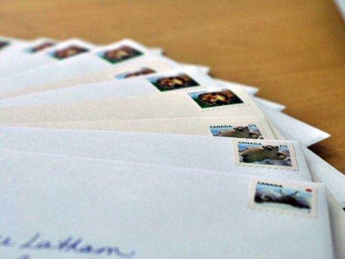 Пару почтовых марок