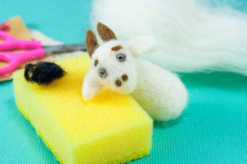 Валяние игрушечной козы