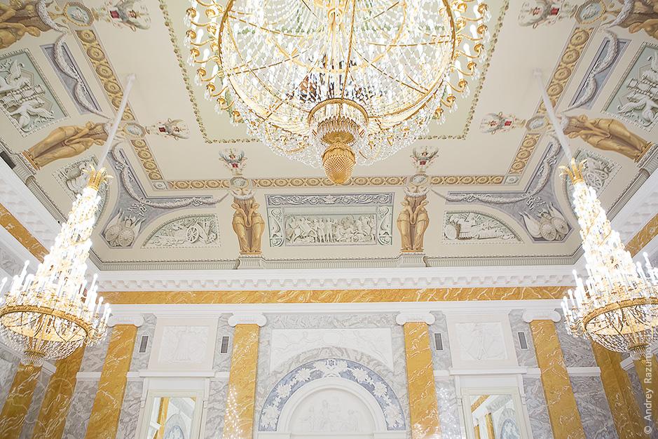 Константиновский дворец интерьер