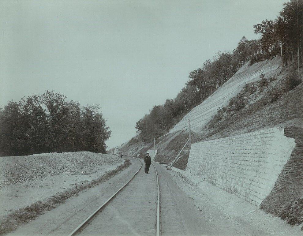 04. После печально известных обвалов 1901-1902 гг полотно дороги было переложено
