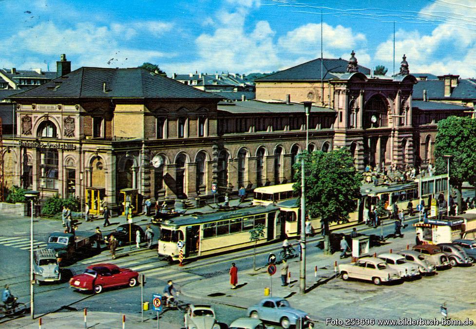 1955 bonn_zentrum_hauptbahnhof.jpeg