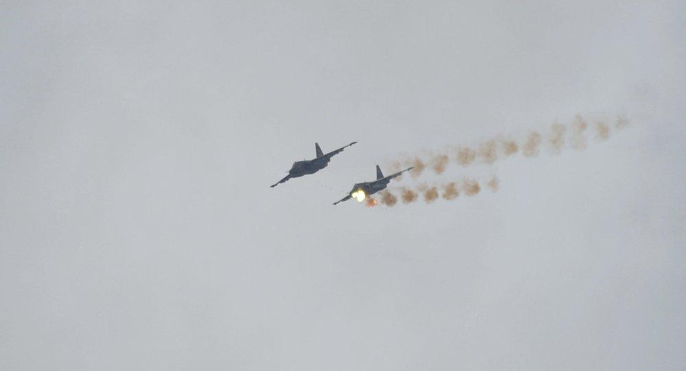 Самолеты Су-25 во время учений в рамках совместной воздушно-огневой конференции ВВС И ПВО России и Беларуси