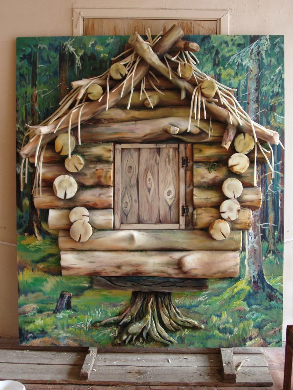 Декорации из поролона - избушка