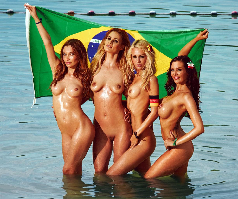 Сборная звезд Чемпионата мира / Playboy Germany july 2014 / Der Weltauswahl