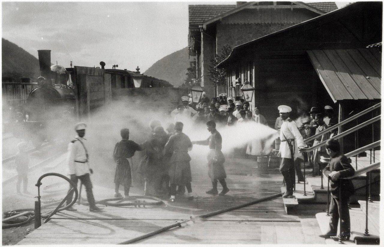 Холера 1892 году в Баку. Дезинфекция на железнодорожном вокзале