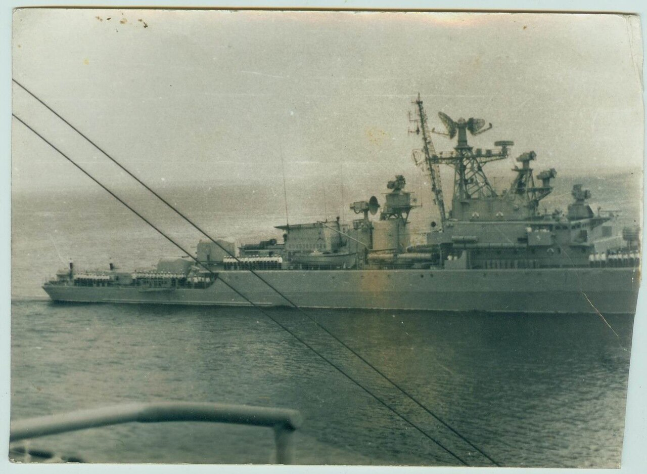 Боевой корабль у берегов Эфиопии. г. Массауа. 1974