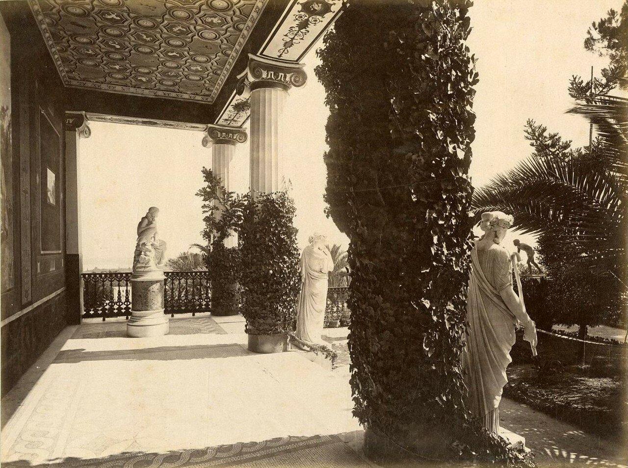 14. Терраса дворца