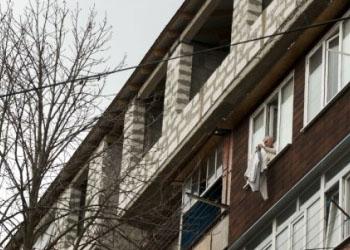 Обманутые вкладчики, увязшие в долгах, остались без квартир