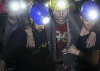 Трагедия в Турции оставила без отцов 432 детей