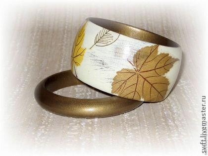 Пара браслетов из дерева Живой акварелью пропитаны листья...( Хаки )