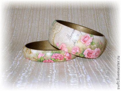 Пара браслетов из дерева Винтажные розы. Декупаж, бежевый