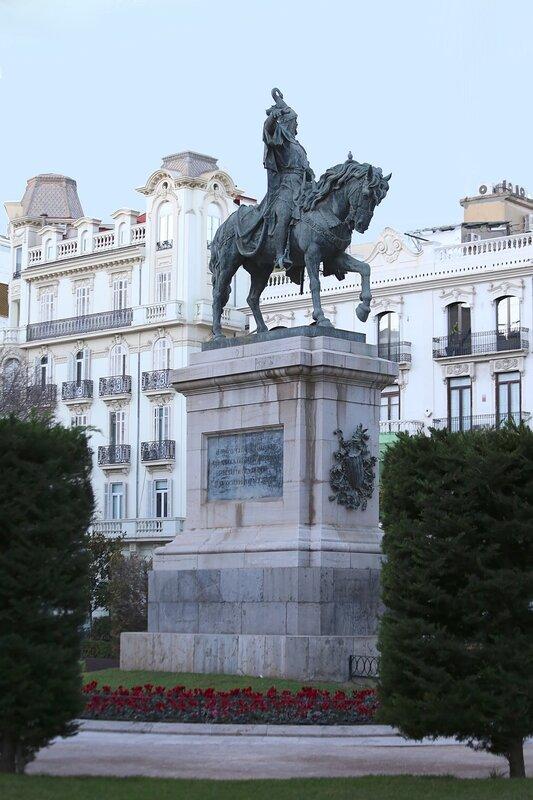 Valencia, Валенсия, Сад Партер, Jardines del Parterre. Памятник Хайме I Завоевателю (Jaime I el Conquistador)