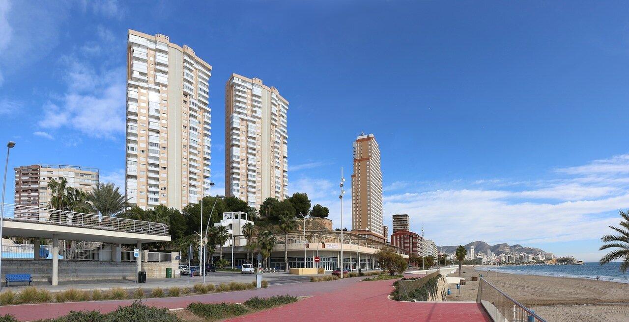 Бенидорм. Набережная Испанского флота (Avenida Armada Española)