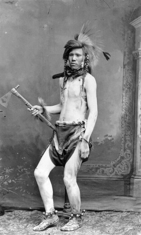 Narorse Shoshone warrior, between 1884 and 1885