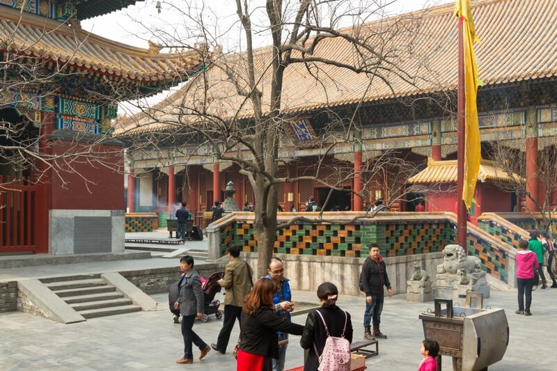 Зал Гармонии и Мира, монастырь Юнхэгун, Пекин