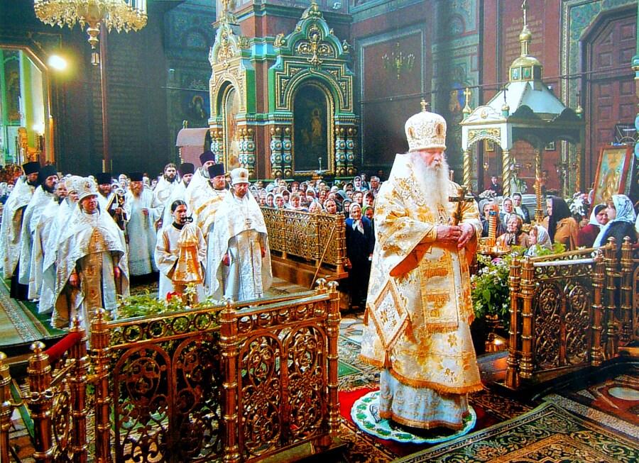 Архиерейская служба Владыки Никона в Вознесенском соборе
