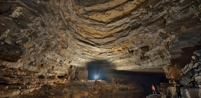 SCMPOST 11OCT13 CH CHONGQINGCAVE  846568
