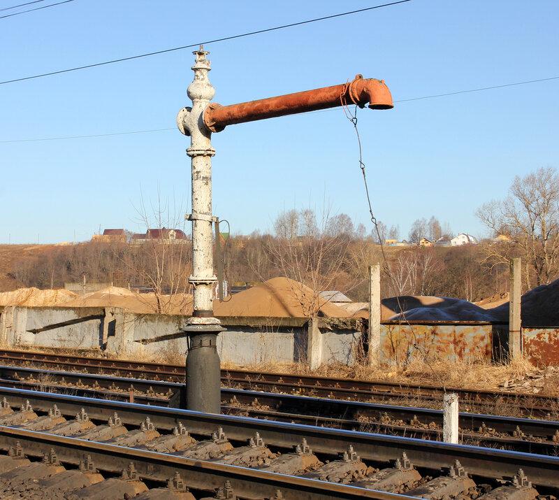 Паровозная колонка на станции Зуюцов