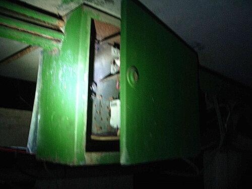 Фото 3. Электрощит, расположенный в подвале.