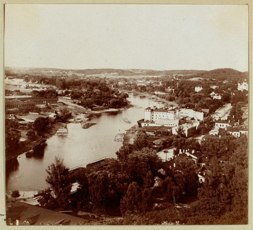 Общий вид с запада. 1912