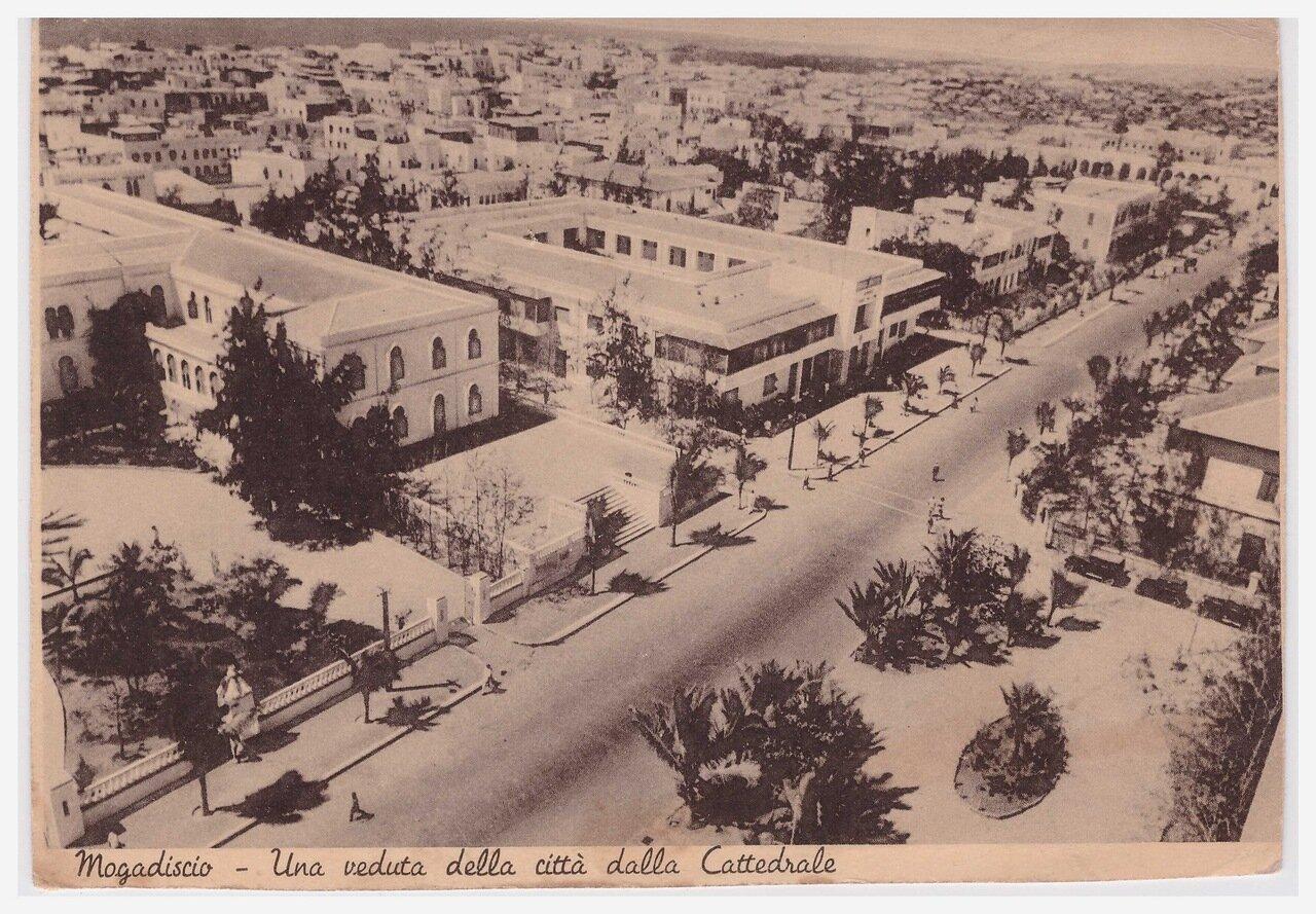1930-е.  Вид на город от собора