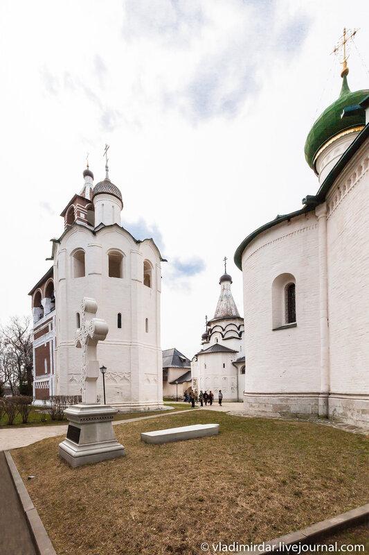 Место захоронения Дмитрия Пожарского в в Спасо-Евфимиевом монастыре в Суздале