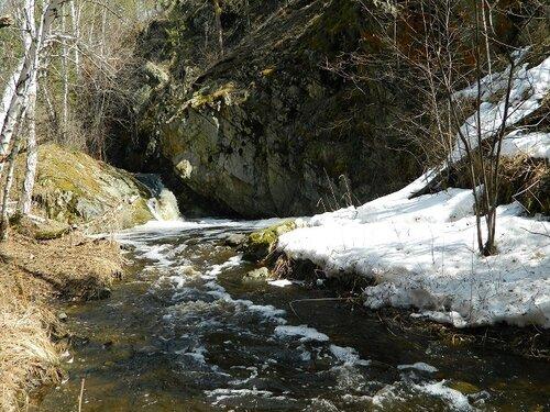 Ольгин водопад на реке Межовка (Челябинская область) - левом притоке Багаряка. Автор фотографии - Милана Родионова