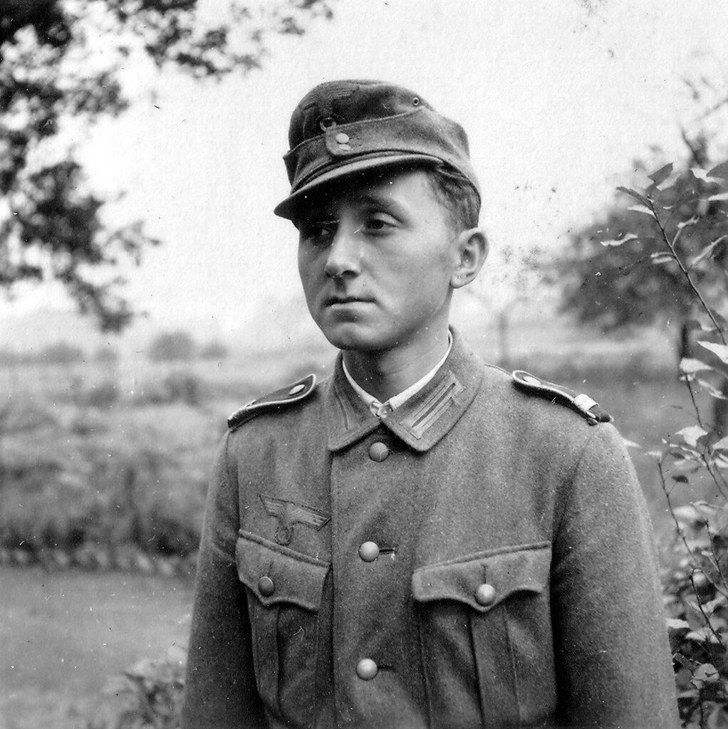 1941-1944 093
