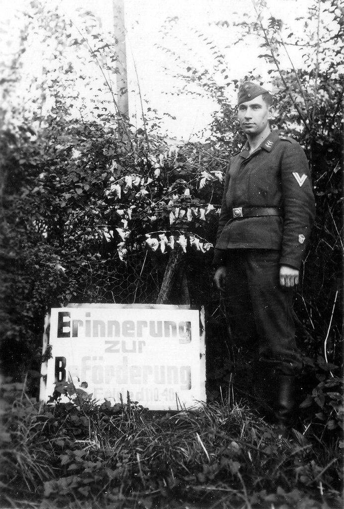 1941-1944 097
