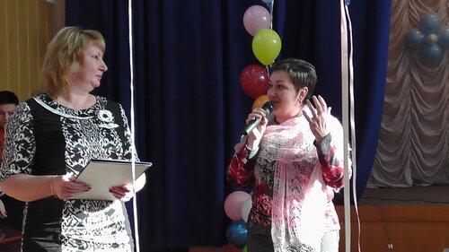 Концерт к Международному дню инвалида в детском доме ДОС. Виктория Бабанская, Татьяна Чоботарь