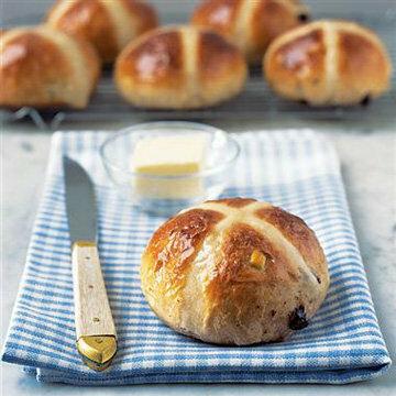 Вот такие сдобные булочки рецепт с корицей пекут в Англии