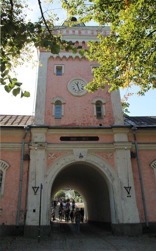 main portal. Helsinki, the Suomenlinna fortress, the main gate
