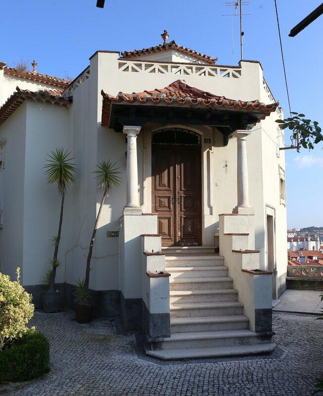 Лейрия. Дом Фернандо Баррос Санта-Рита