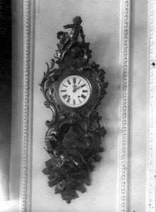 Стенные часы в зале заседаний  Государственного банка.