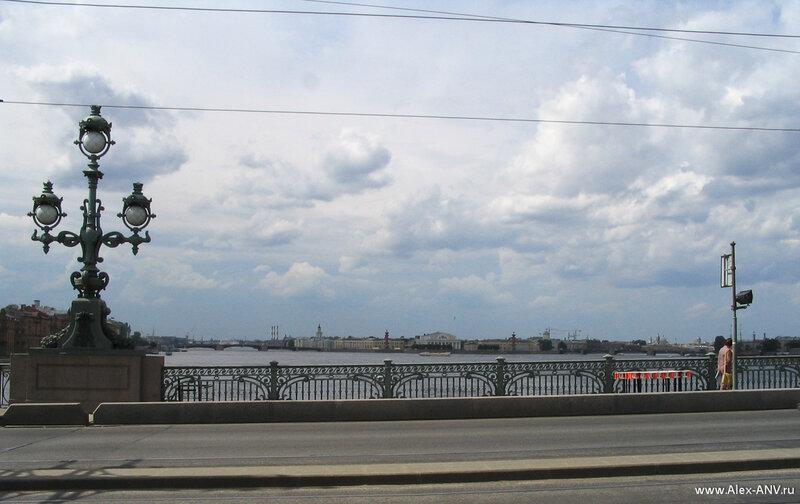 Стрелка Васильевского острова, вид с Троицкого моста
