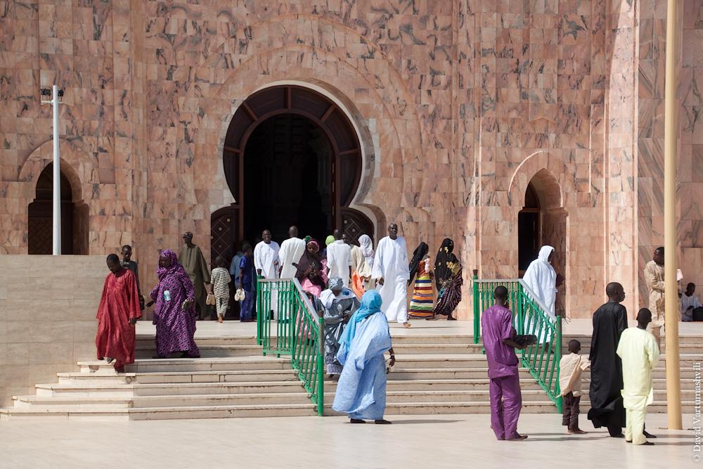 Сенегал, Большая мечеть в Тубе.