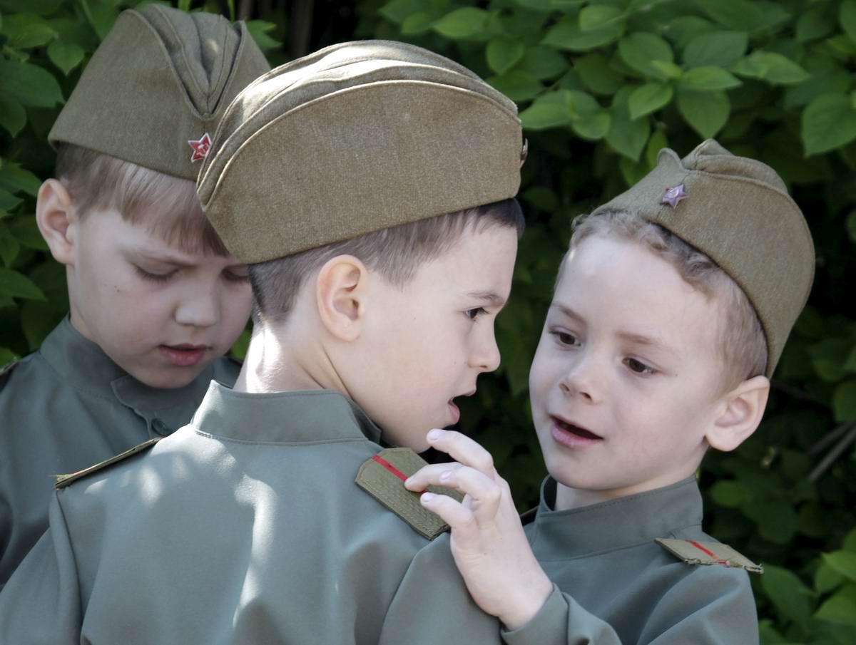 Между правдой и ложью: Про Парад детских войск в Ростове-на-Дону (16)