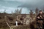 1940-01-01 Tykist и tk человек. Примечание: Это дает советской модернизированной гаубица 122 мм начиная с 1930-х годов (122 H 10-30).