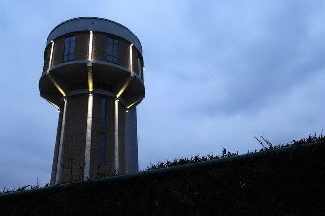 Жилой дом в водонапорной башне. Нидерланды