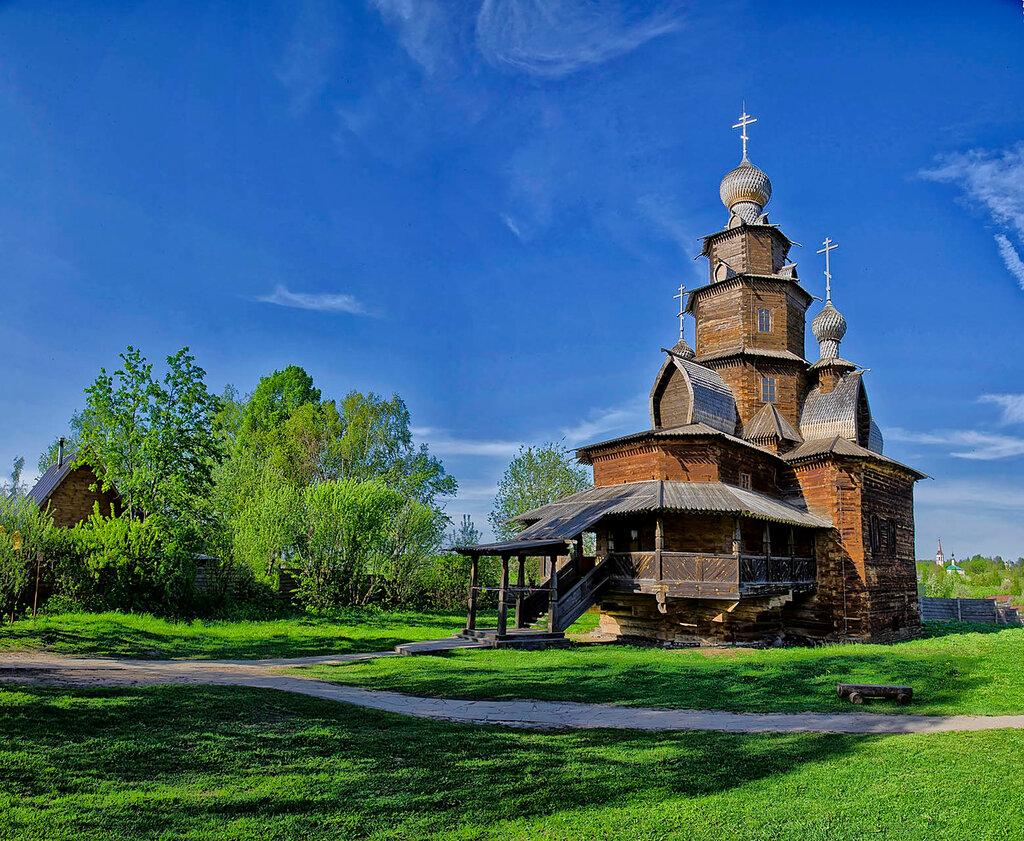 Преображенская церковь.