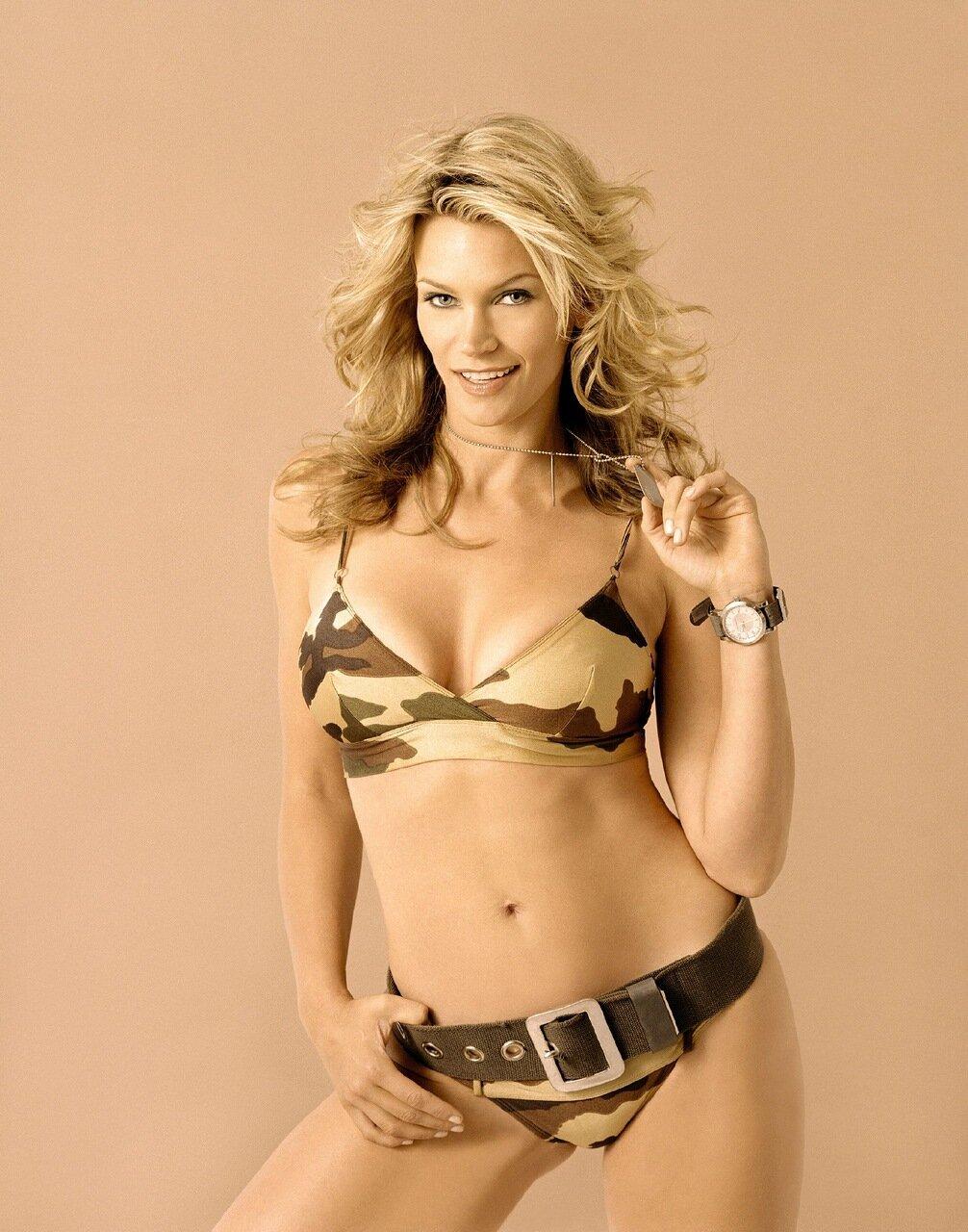 Natasha henstridge underwear, load warrior porn movie
