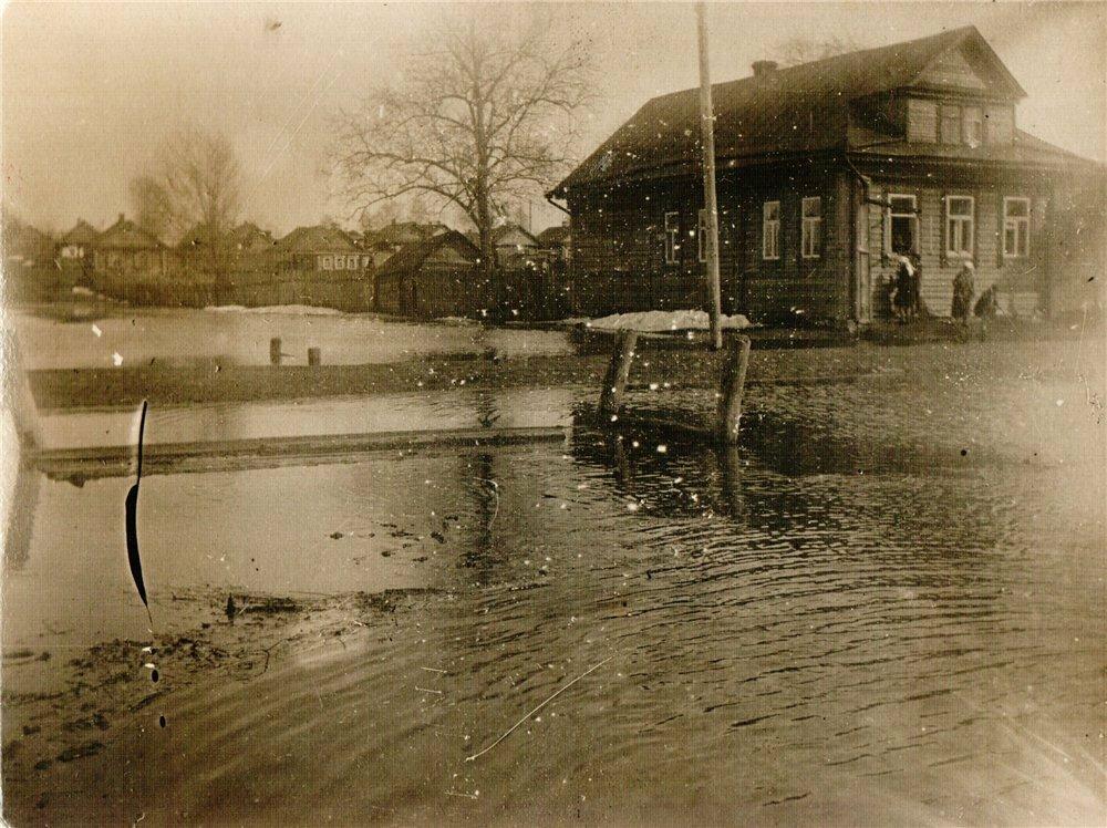 4. Майское наводнение в 1929 году, в городе Тверь