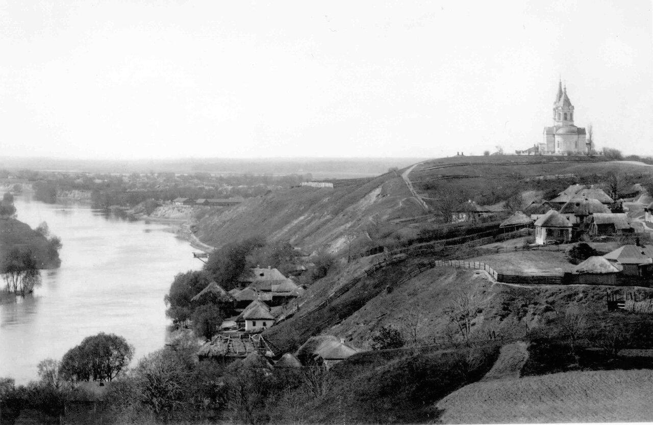 Вид на р.Сейм и Никольскую церковь со звонницы Молчанского монастыря. 1908