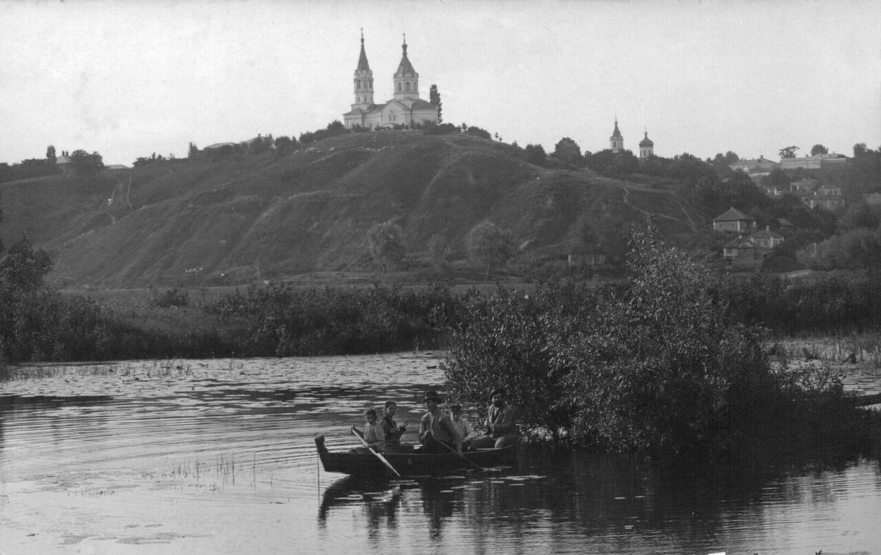 Вид с р.Сейм на Никольскую церковь