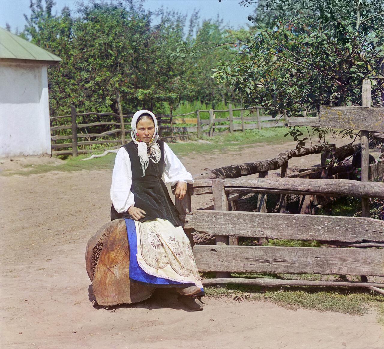 Малороссиянка. Близ Путивля