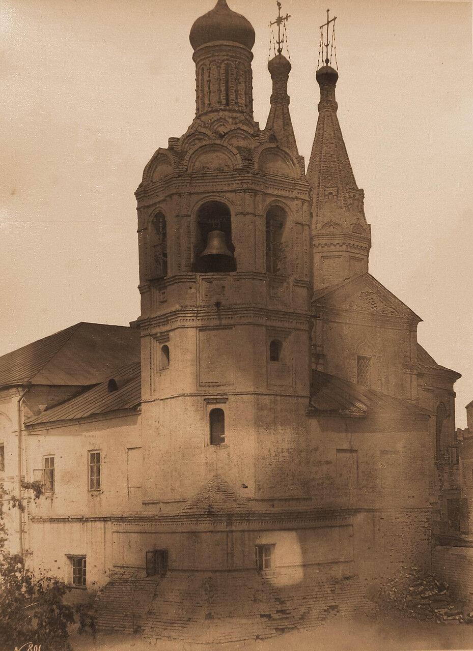 Вид колокольни Иоанно-Предтеченского монастыря