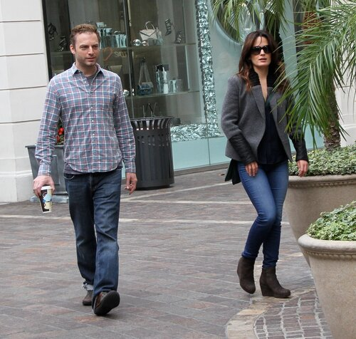 EXCLUSIVE: Elizabeth Reaser and Justin Kirk go shopping together at the Grove in Hollywood