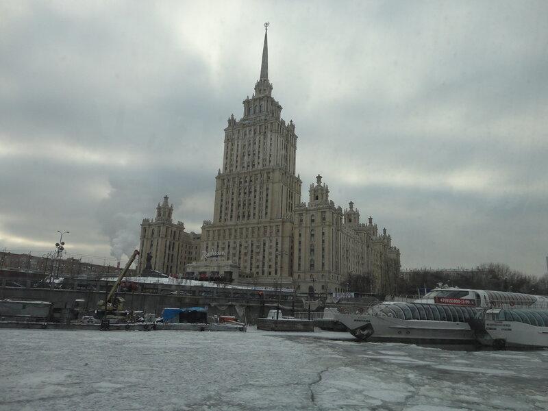 На Москве-реке когда-то был лед и ходили ледоколы